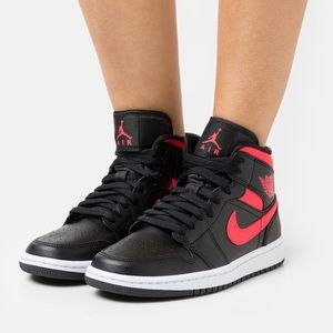 NIKE Air Jordan Retro 1 Mid Top Sneakers Shoes